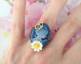 Cameo Adjustable ring blue lady