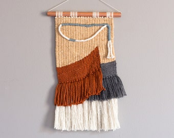 Woven wall hanging // Tapestry // Hand woven