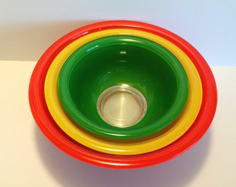 Pyrex Nesting Bowls Primary Color Glass Bottom Green Yellow Red Pyrex