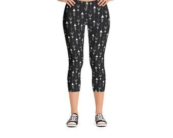 Modern Geometric Arrows Leggings - Women's Active Wear Pants - Zen Fun Yoga Pants - Sizes XS to XL - Polyester/Spandex - Gift Idea for Her