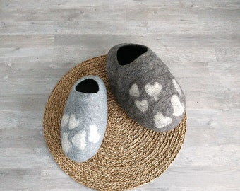 Gray Cat cave with hearts - Pet bed - Cat house - Cat bed - Pet furniture - Handmade felted cat house of natural undyed grey wool