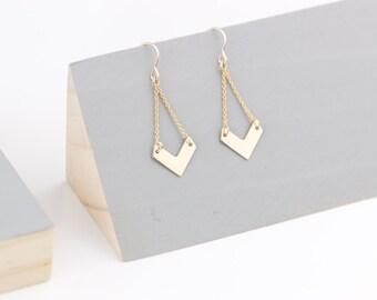 VIETNAM earrings V shape in 14k Gold filled