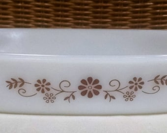 Dynaware Pyr-o-Rey Milk Glass Casserole Baking Dish with Brown Floral Daisy Design  9 x 6 Inches - Vintage Cookware