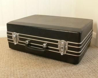 REDUCED Very Stylish Black & Chrome Lightweight Suitcase / Flightcase - 1980s - Very Retro!