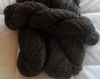 Handspun alpaca yarn - Ronnie