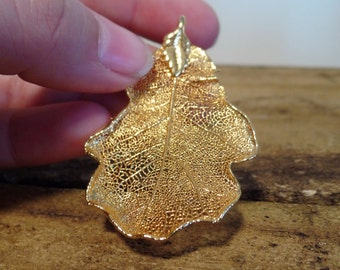 Gold dipped leaf charm, Vintage fashion jewelry, leaf necklace, gold leaf, gold dipped charm, 55mm