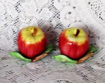 Fitz Floyd Salt Pepper Shakers Apples