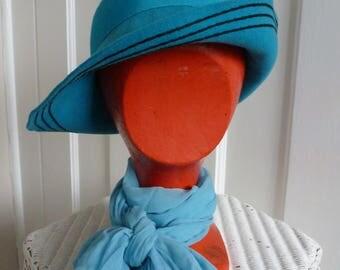 Vintage 1960s 1970s Bermona turquoise wool felt fedora style hat. Goodwood.  S/M