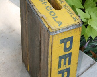 1976 Pepsi-Cola Crate//Wooden Crate//Advertising Crate//Upcycle Crate//Vintage Pepsi-Cola Crate