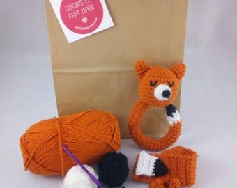 Crochet Kit: Fox rattle and its attached nipple