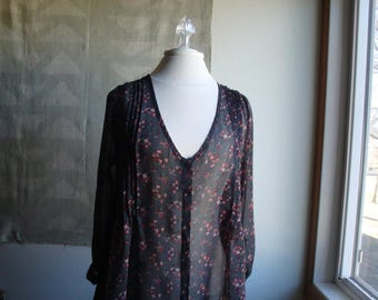 Chiffon, button-up blouse front with Tunic back