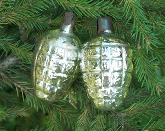 Holiday decorations Vintage Christmas Ornament Pine cone decor Pine cone ornament Christmas tree glass ornaments Outdoor window decoration