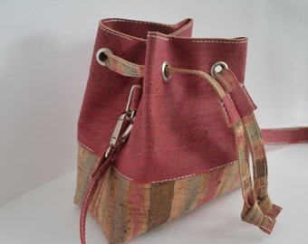 Le sac à main, cute little pouch made of 2 colours Cork