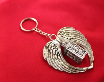 Doctor Who TARDIS keyring / keychain / bag charm – BBC Dr Who cosplay prop jewelry / jewellery