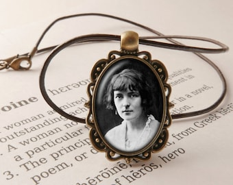 Katherine Mansfield Pendant Necklace -  Mansfield Gift,  New Zealand Author Necklace, Modernist  Pendant, Katherine Mansfield Jewellery