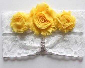Wedding Garter with Yellow Flowers, Yellow Wedding Garter, Yellow Flower Wedding Garter Set, Yellow Wedding Garter Set, Yellow Flower Garter