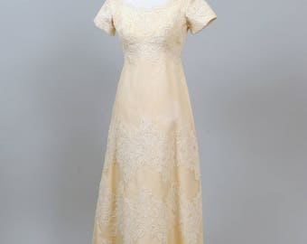 1960 Chantilly Lace Vintage Wedding Gown
