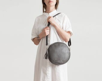 Bubble-versatile bag made of genuine leather