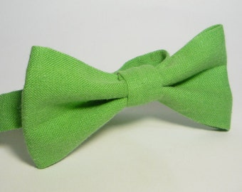 Green Linen bow tie, Mens bow tie, bow ties for men, baby bow tie, boy bow tie