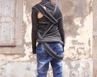 Lagenlook Sleeve Scarf Top, Grunge Black Top, Black Tshirt, Extravagant Top, Avant Garde Top, Layering Look, Clubwear, Party Top