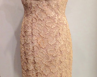 60's Vintage Wiggle Dress Guipure Lace with V Neckline