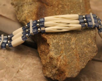 Real Native American cuff / bracelet white and blue