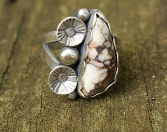 Wild Horse Magnesite Sterling Silver Flower Ring (size 7.25)
