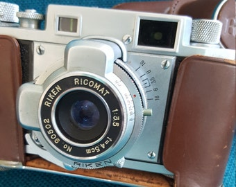 Vintage Ricoh 35 Camera Riken Ricomat Camera with Case Photography