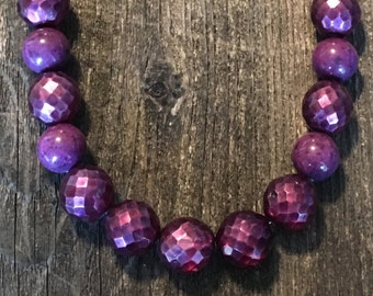 Vintage purple glass beaded necklace