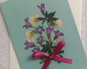 Pressed flower greeting card. Mother's Day car. Unique handmade card.Beautiful wild flowers card. Flower bouquet original.Pressed flower art