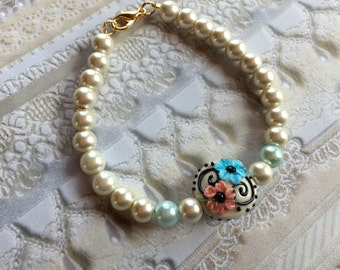 Blue and Cream Flower/Floral Bracelet, Lampwork Jewelry, SRA Lampwork Bead Bracelet, Mothers Day Gift, Gift For Her