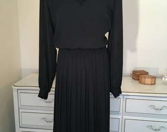 80s black secretary dress sz. medium