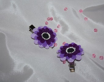 Purple flowers barrettes made of polymer clay handmade, hairpins purple.