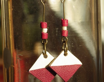 Hand-made recycled leather and pearls earrings