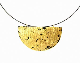 Gold wife Gold dipped necklace Girlfriend boho jewelry Girlfriend boho Girlfriend jewelry Boho jewelry Woman gift choker Half moon necklace