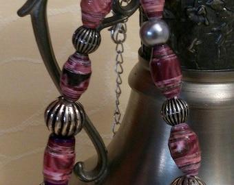 Diva - paper Bead Necklace