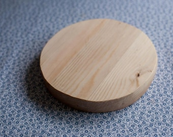 Pine Cheeseboard / Chopping Board (Handmade)