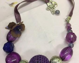 vintage purple bead necklace