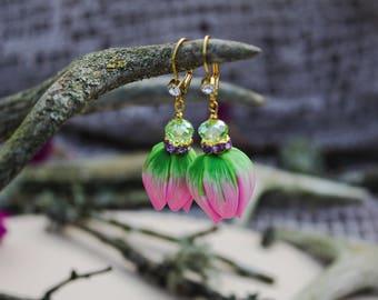 Flower earrings Tulip earrings Bud earrings Summer earrings Floral earrings Statement earrings Romantic jewelry Delicate bridesmaid jewelry