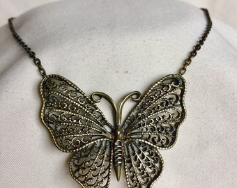 Vintage Butterfly Necklace (Metal)