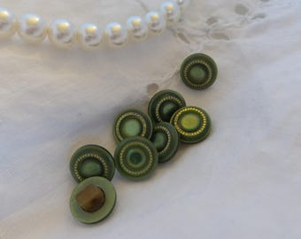Round Green Plastic Buttons
