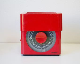 French kitchen scales, Vintage red Terraillon, retro weighing scales, vintage kitchen, metric scale