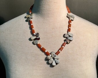 Flower and carnelian bamboo stone necklace