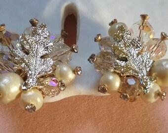 vendome bead and leaf earrings
