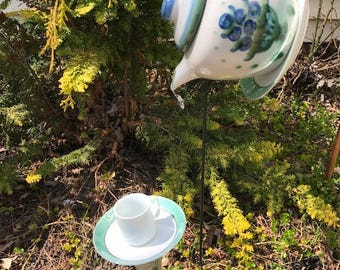 small tea pot birdfeeder