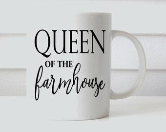queen of the farmhouse mug // farmhouse coffee mug // coffee mug // mom mug // shiplap // coffee mug // personalized coffee mug // queen