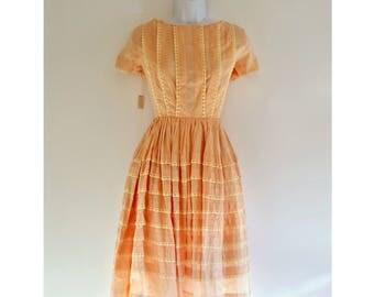 334 - Vintage 50s NWT Unworn Lace Pintuck Dress - Size XS