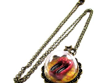 Wizard of Oz Ruby Slippers dome necklace bronze