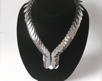 Shiny scale maille necklace