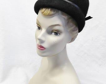 1960s Vintage Black Fuzzy Felt and Vinyl Mod Hat